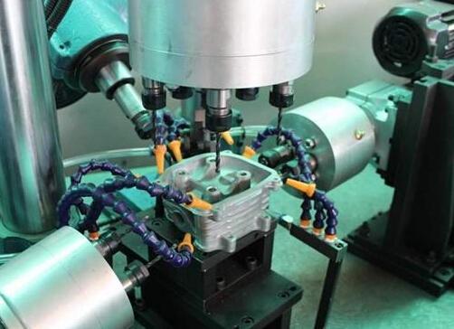 机械设备钻孔加工